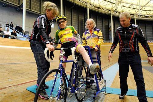100Км без остановки на велосипеде в возрасте 100 лет