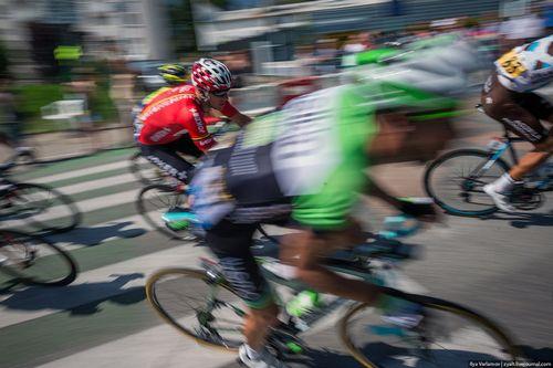 Армстронг проедет этапы тур де франс за день до пелотона