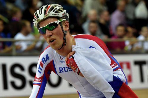 Артур ершов завоевал золото в гонке по очкам на треке