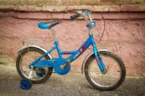 Боковые колеса велосипеда