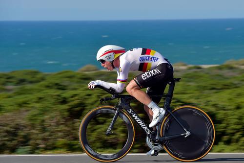 Чемпионат мира по велоспорту: василий кириенко завоевал золото в гонке с раздельным стартом