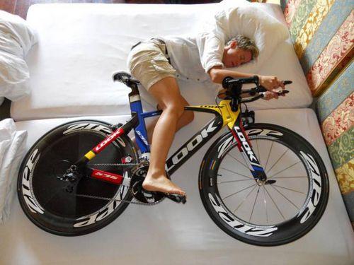 Что есть на ночь велосипедисту для улучшения сна