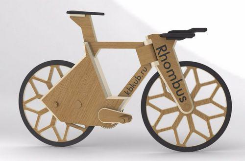 Два рекорда на деревянном велосипеде