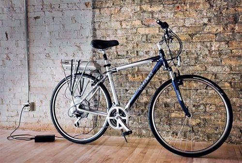 Гибридный велосипед на аккумуляторе trek ride+ с системой рекуперативного торможения syn drive