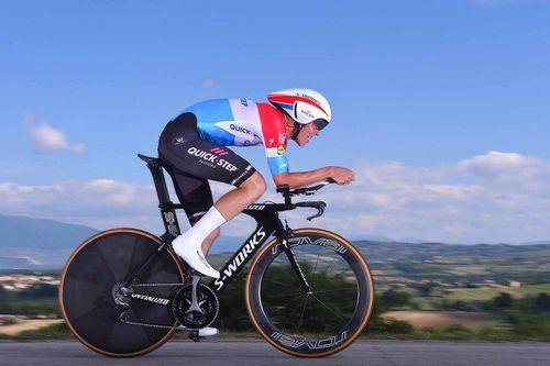 Giro d'italia: василий кириенко выиграл четырнадцатый этап