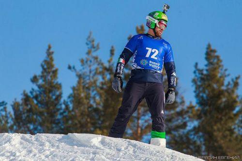 Испанец победил в квалификационной гонке на сноубордах в миассе