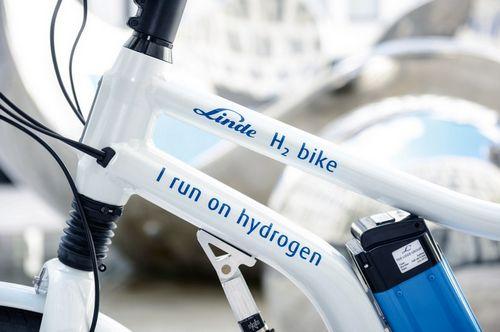 Электрический велосипед с водородными топливными элементами