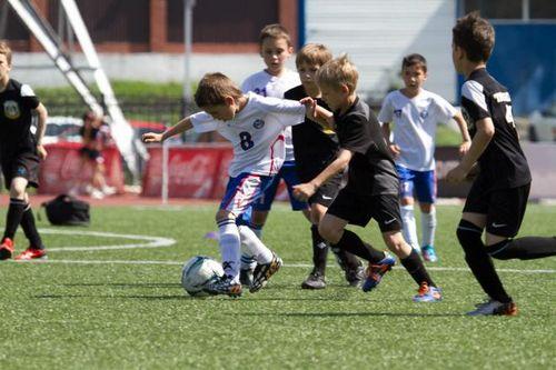 Юные футболисты сразятся в тюмени за кубок евгения савина