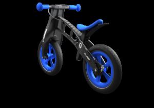 Как научить ребенка ездить на беговом велосипеде