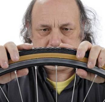 Как починить прокол камеры велосипеда