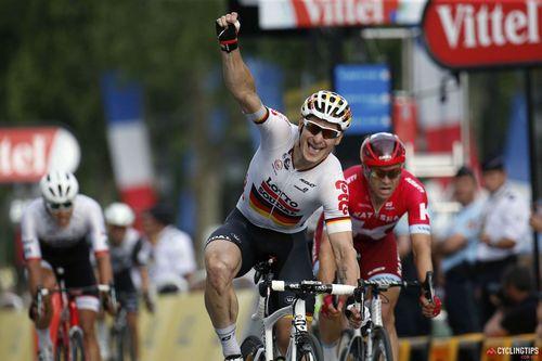 Кристофф одержал победу на втором этапе многодневки «тур катара»