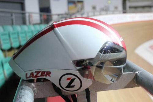 Lazer испытывают шлем с датчиком положения гонщика i-sensor