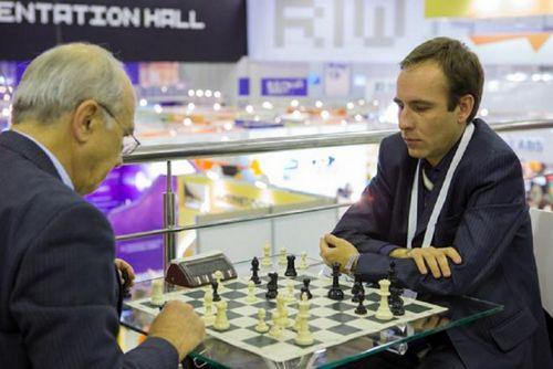 Международный день шахмат тюменцы отметят сеансом одновременной игры с мастером fide