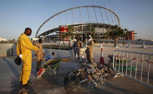 Нарушения на строительстве стадиона чм в катаре - «спорт»