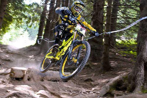 Не знаете что такое даунхил и какой велосипед нужен для этого? эта статья даст все ответы