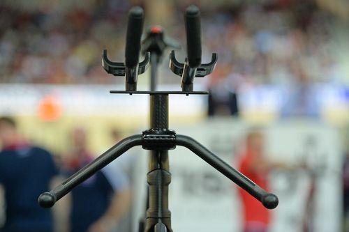 Немецкая сборная по велотреку представила свой новый велосипед fes