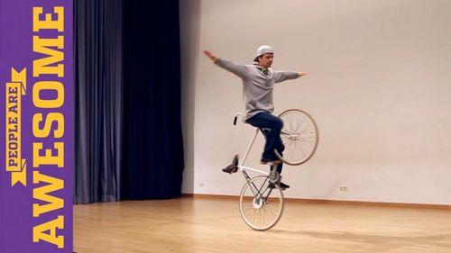 Невероятный танец на велосипеде от давида шнабеля