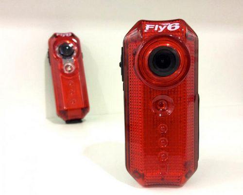 Обновлен велосипедный фонарь fly6 с функцией записи hd-видео