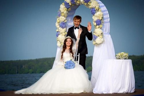 Олимпийский чемпион антон шипулин сыграл свадьбу в екатеринбурге