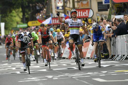 Петер саган стал победителем первого этапа велогонки бинкбанк тур 2017