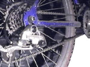 Почему проскакивает цепь на велосипеде?