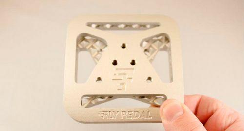 Простой адаптер превращает «контакты» в «топталки»