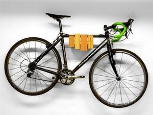 Разновидности креплений велосипеда на стену и советы по их выбору