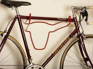 Разновидности настенных кронштейнов для велосипеда