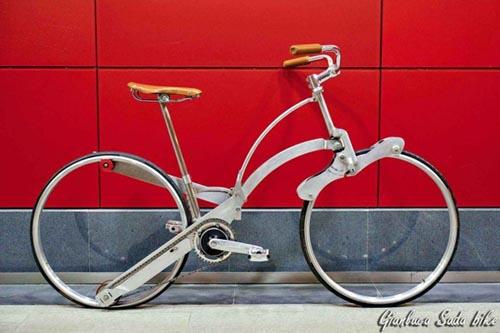 Складной велосипед размером с зонтик