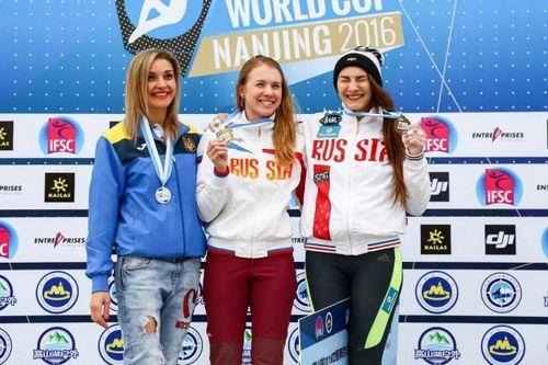 Тюменка юлия каплина завоевала второе золото в кубке мира по скалолазанию