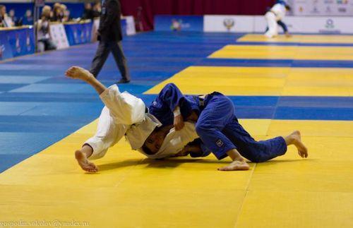 Тюменские дзюдоисты завоевали семнадцать медалей на турнире в челябинске
