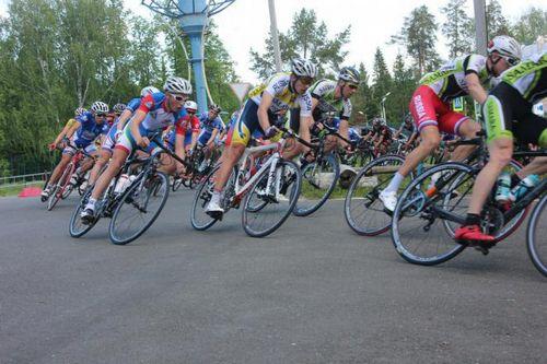 Тюменские велогонщики блеснули в ижевске