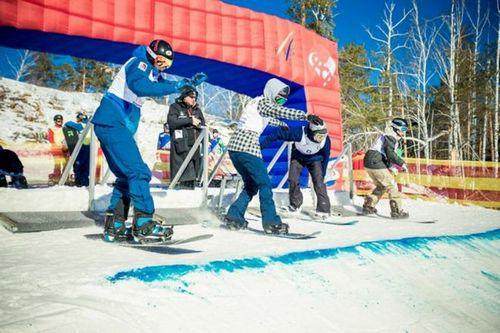 В миассе завершается подготовка трассы к кубку мира по сноуборду