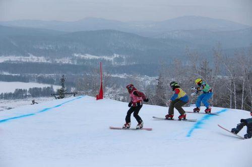 Ведущие сноубордисты мира готовятся к стартам в миассе