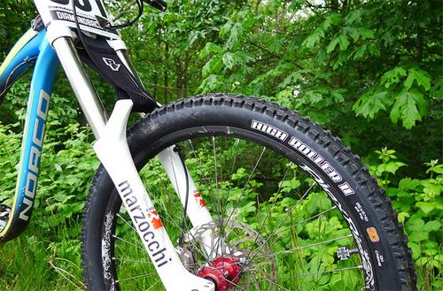 Велопокрышки для даунхилла maxxis high roller 2 26 x 2,4
