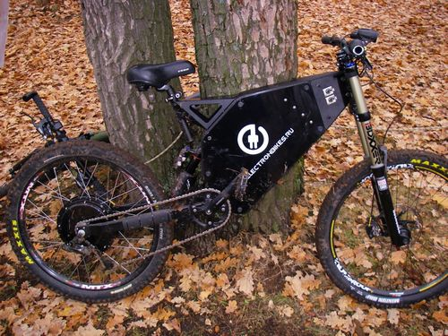 Велосипед с умным кареточным двигателем