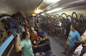 Велосипедные вагоны: роскошь или средство передвижения?