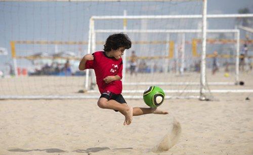 Вся правда о жизни футболиста - «спорт»